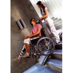 Servoscala tractor per disabili